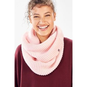 Fabletics Chunky Rib Infinity Scarf in Opal Pink